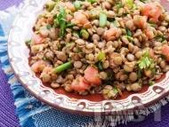 Рецепта Салата с леща, домати и магданоз